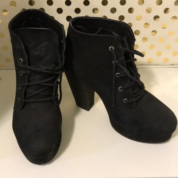 Steve Madden Shoes - Steve Madden high heeled booties